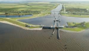 One of the many lock systems that controls water flow in Lake Okeechobee. Photo: Florida Sea Grant